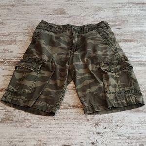 Boys Urban Pipeline cargo shorts size 10 Camo